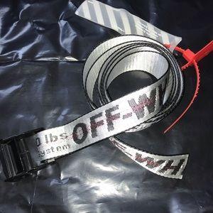 OFF-WHITE utility belt size OS